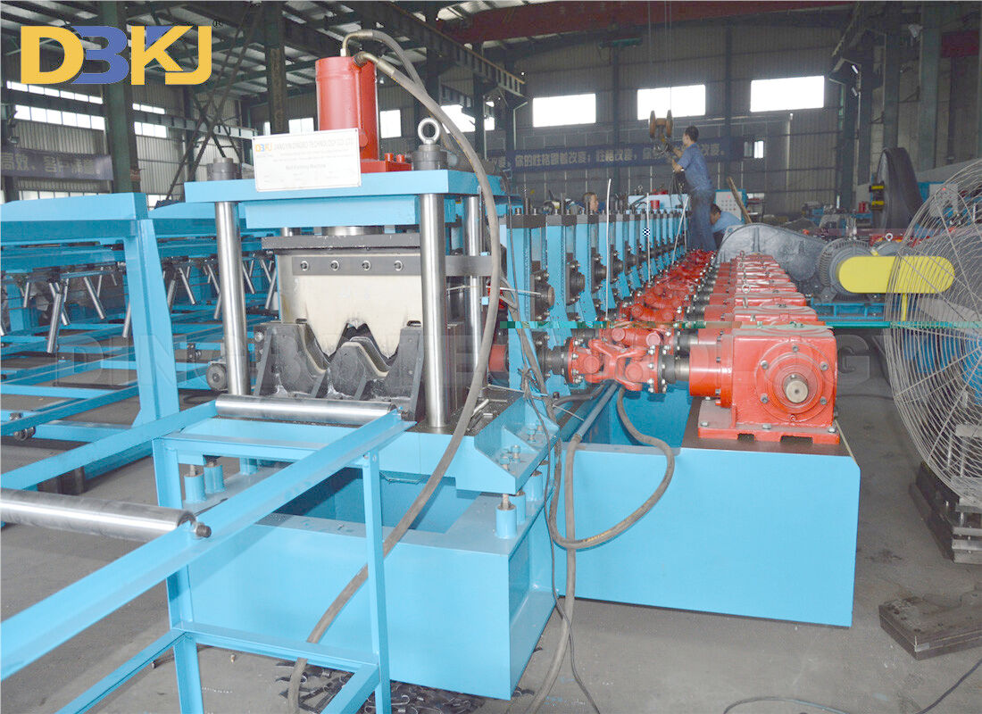 3.0mm 3 Waves Guardrail Roll Forming Machine 10m/Min for Highway Construction